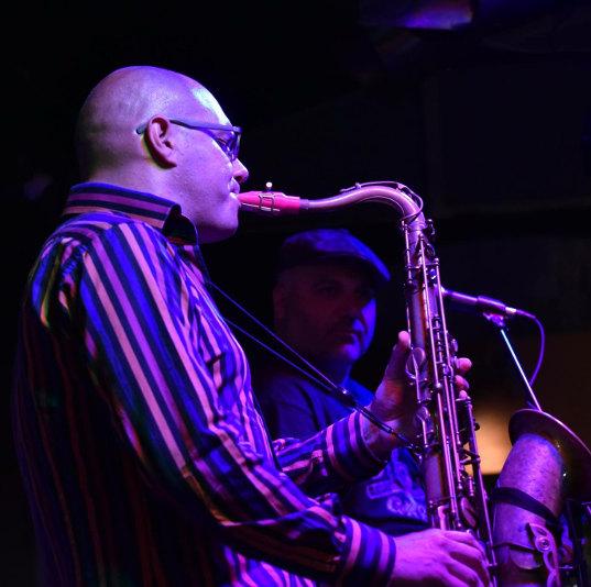 Cedric Ricard De La Soul with his Syos pink tenor saxophone mouthpiece