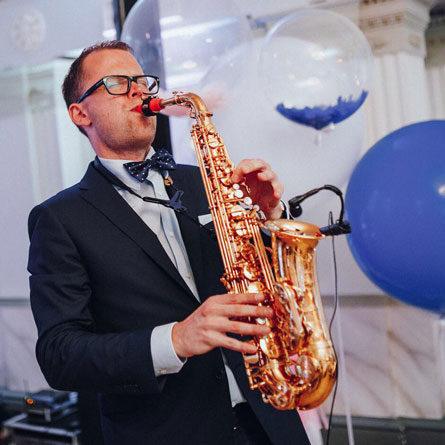 Janis Danevics with his Syos saxophone mouthpiece
