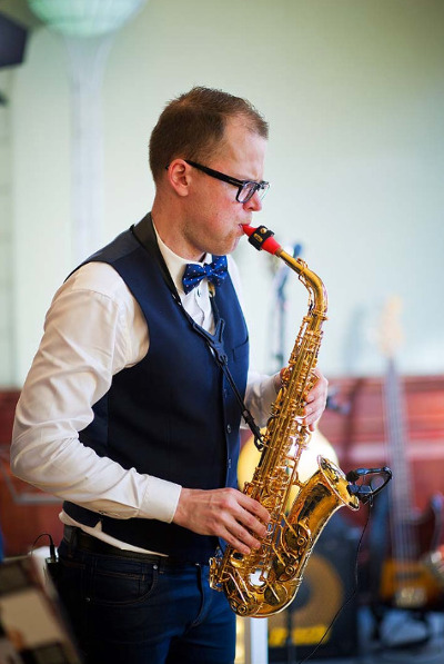 Janis Danevics and his red Syos alto saxophone mouthpiece