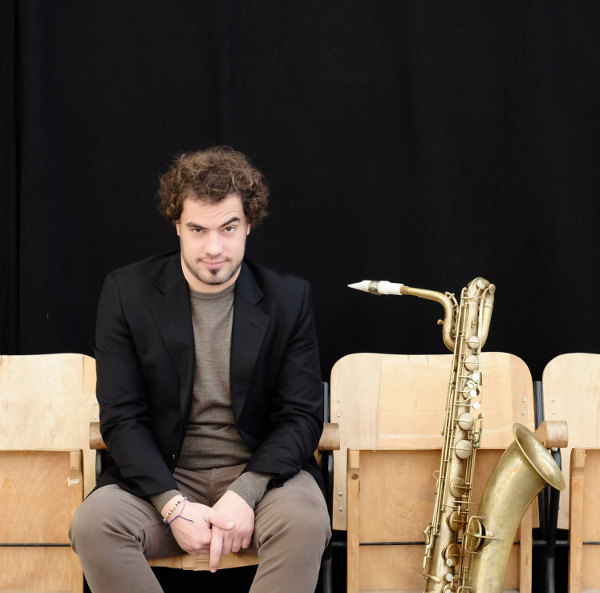Giovanni Chirico plays a Syos saxophone mouthpiece