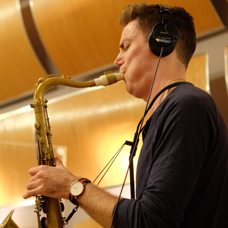 Daniel Weidlein with his Syos saxophone mouthpiece