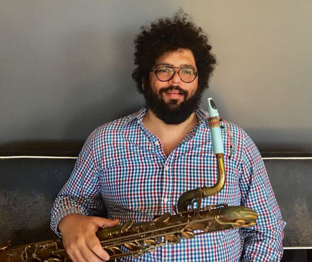 Esdras Nogueira with his Syos saxophone mouthpiece