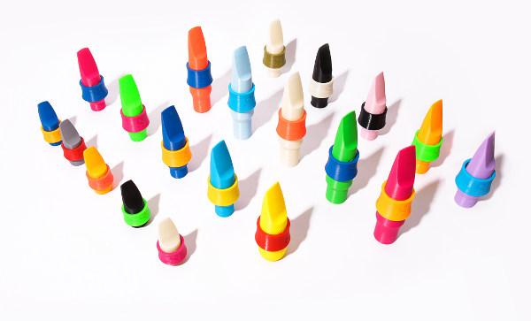 Multitude de becs de saxophone syos colorés