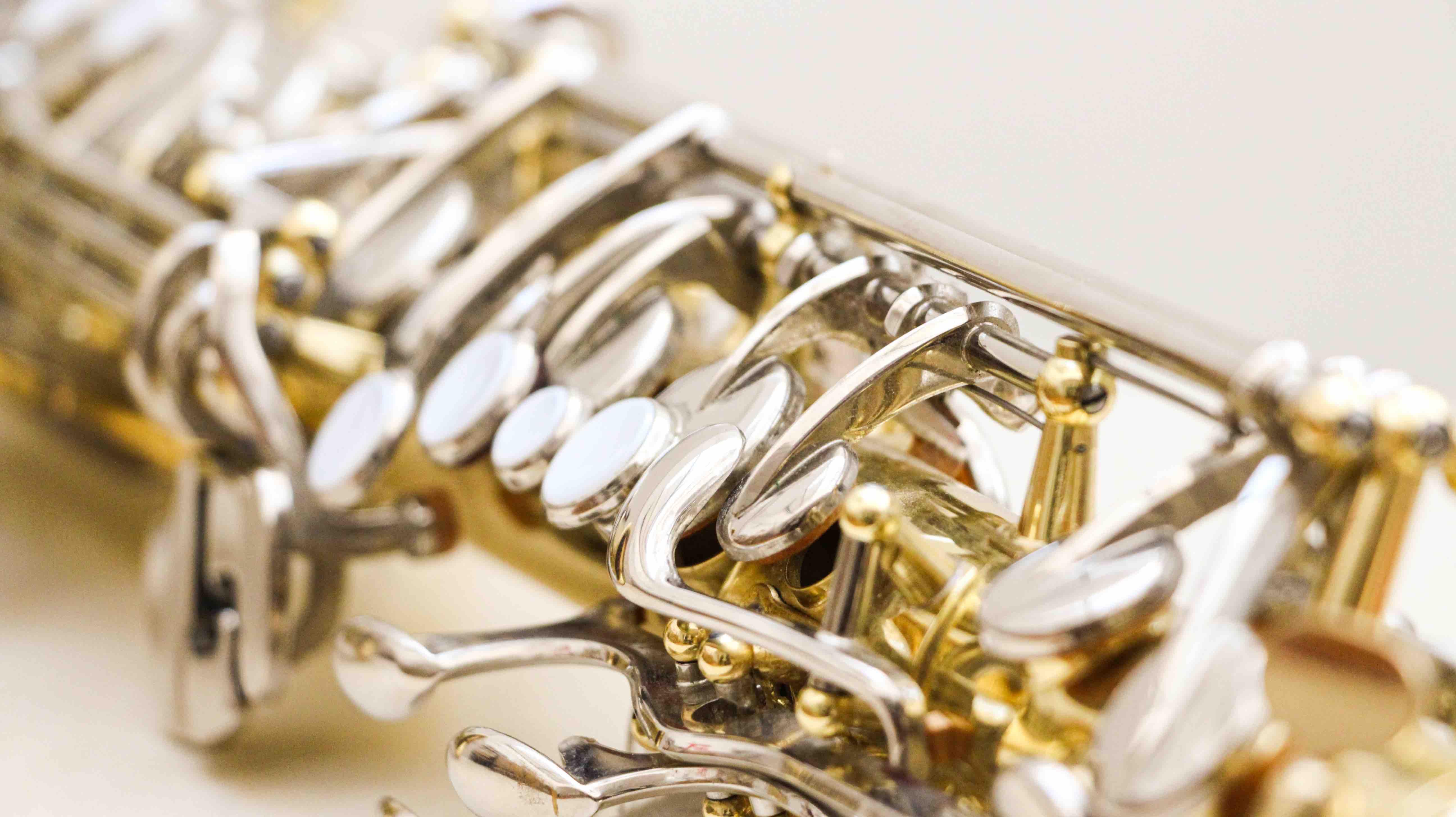 The saxophone maintenance