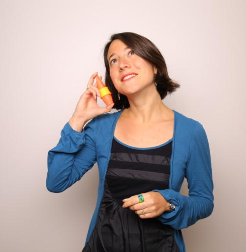 Pauline Eveno acousticienne fondatrice de Syos et son bec de saxophone alto