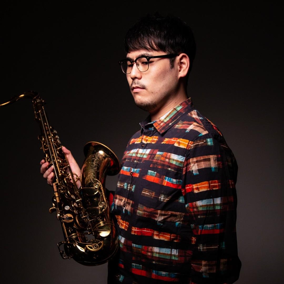 Yu Kuga plays a Syos mouthpiece for tenor saxophone