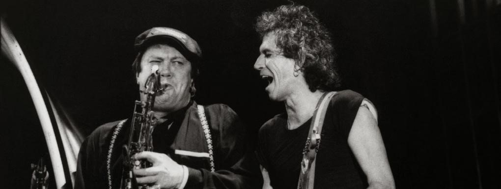 bobby keys saxophone mick jagger on stage rolling stones