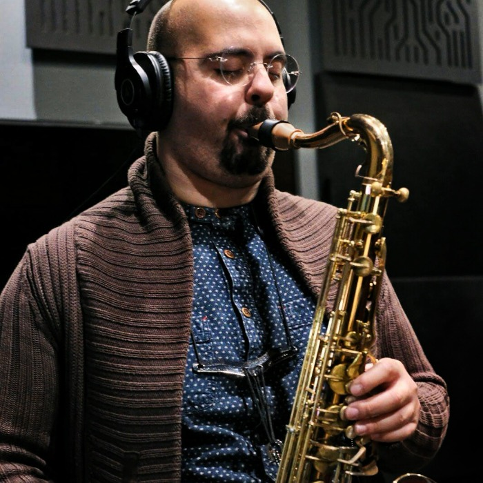Carlo Muscat plays a Syos mouthpiece for alto saxophone
