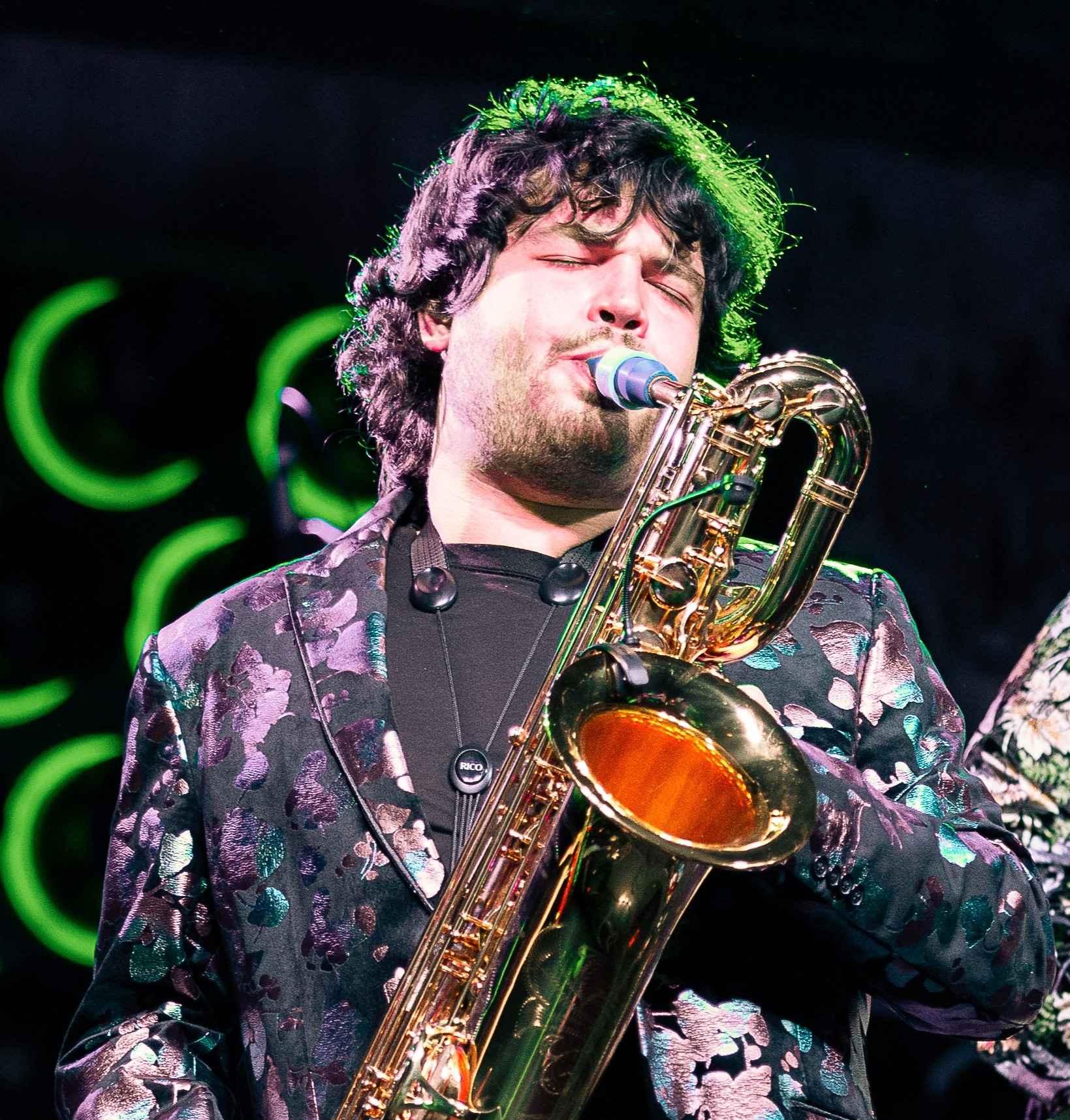 Adrian Condis plays Syos on baritone saxophone