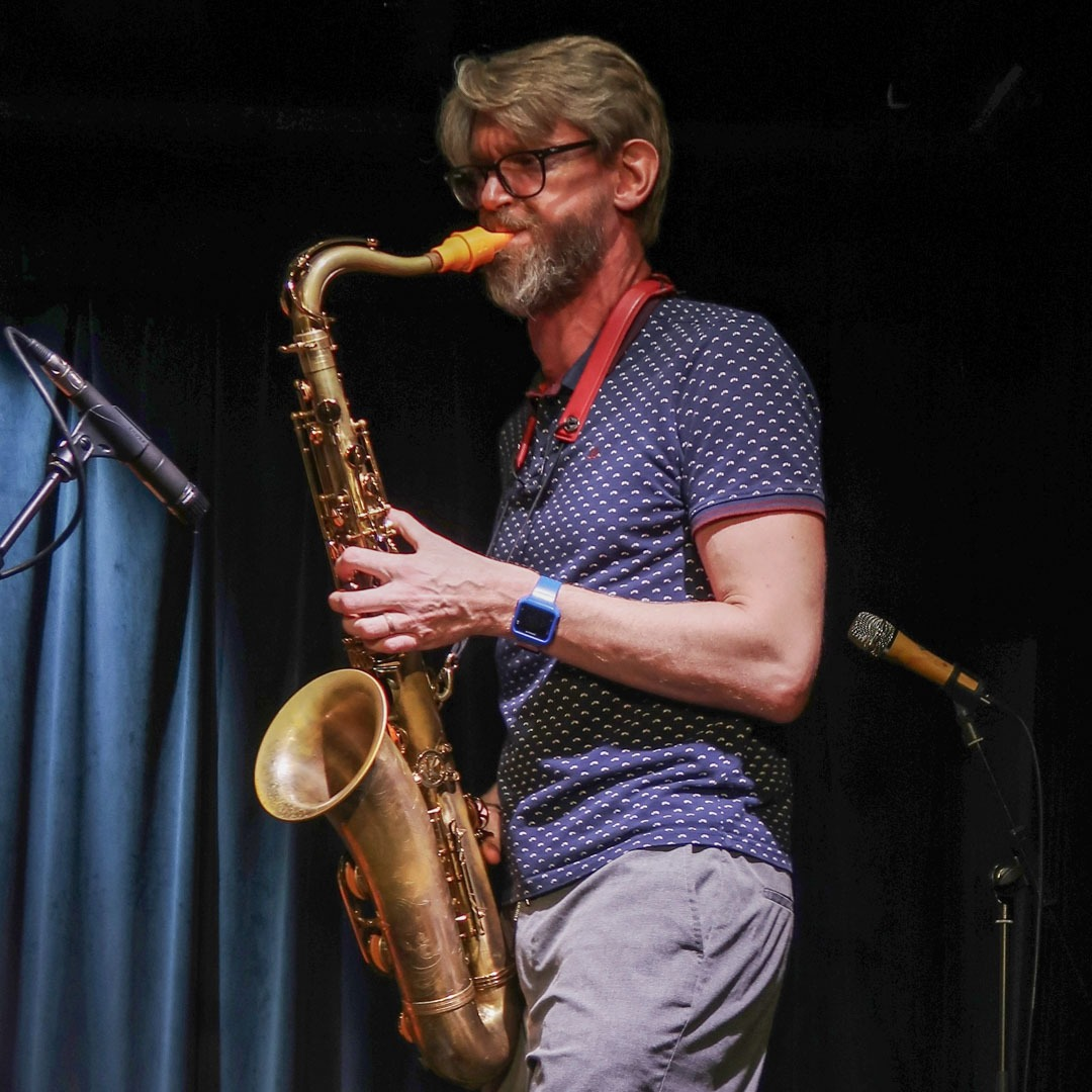 Benoît Meynier plays a Syos mouthpiece for tenor saxophone