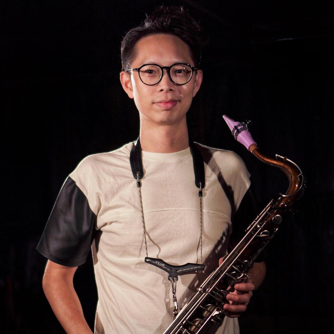 Kaho Wong uses Syos saxophone mouthpieces