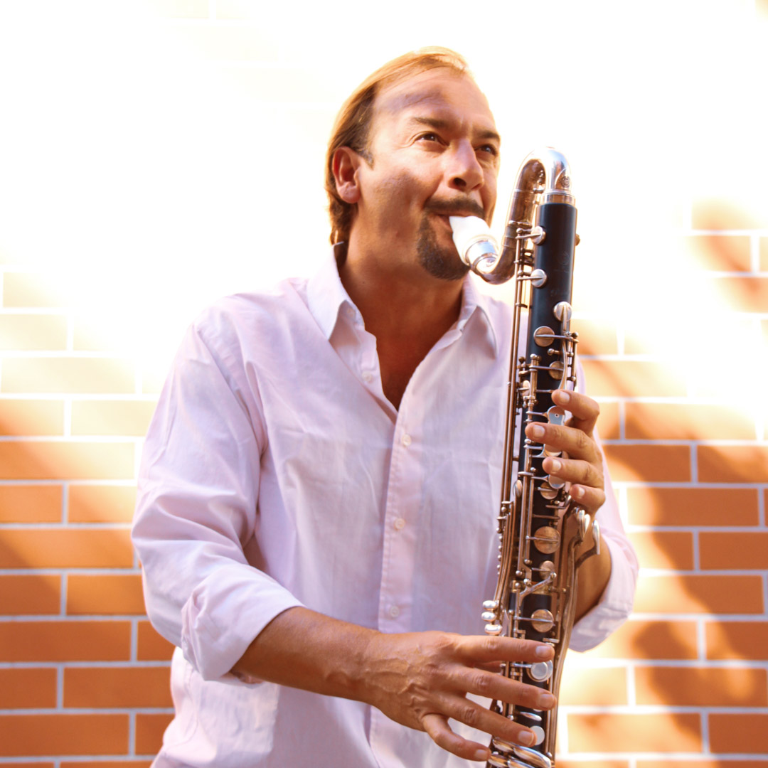 Raul Colosimo plays a Syos mouthpiece on his bass clarinet